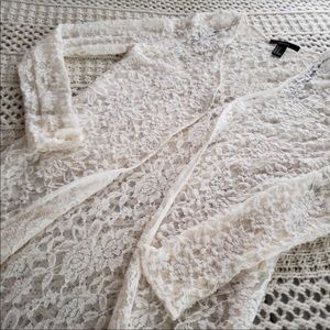 NWOT FOREVER 21 IVORY LACE DUSTER